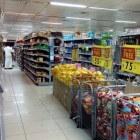 Bijbaan in de supermarkt: werken als caissière/vakkenvuller