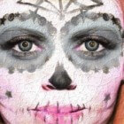 Carnaval: zelf schminken en goedkope verkleedkleren maken