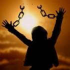 Het Stockholm Syndroom: slachtoffer leeft mee met dader
