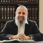 Waarom dragen orthodoxe Joden een baard en peiyot?