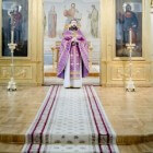 De betekenis van liturgische kleuren van het kerkelijk jaar