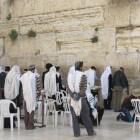 Joods gebed: zegens voor de tefillien (gebedsriemen)
