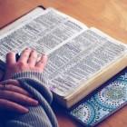 Drie-eenheid: Vader, Zoon & Heilige Geest in Oude Testament