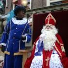 Schoorsteenpieten bij de Sinterklaasintocht 2015 in Meppel