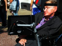 Stephen Hawking / Bron: Doug Wheller, Wikimedia Commons (CC BY-2.0)